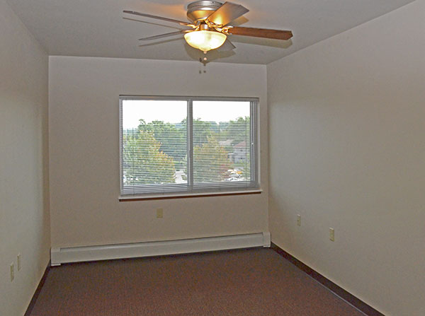 All Utilities Included Apartments Rent >> Riverview Towers